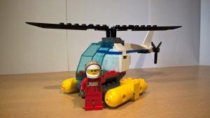 Der kleine Hubschrauber der Küstenwache